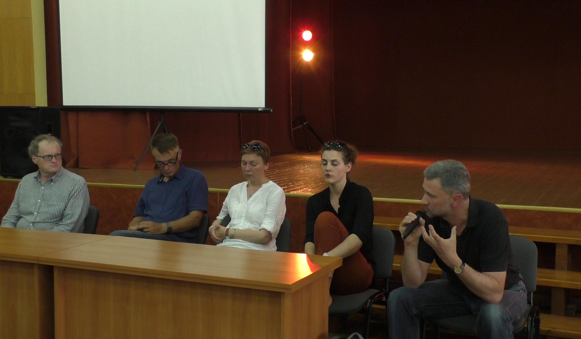 teatras-diskusija